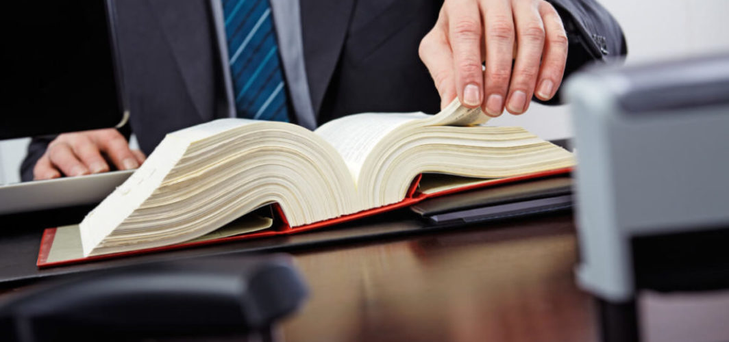 6-tips-for-choosing-a-criminal-defense-attorney-1200x800